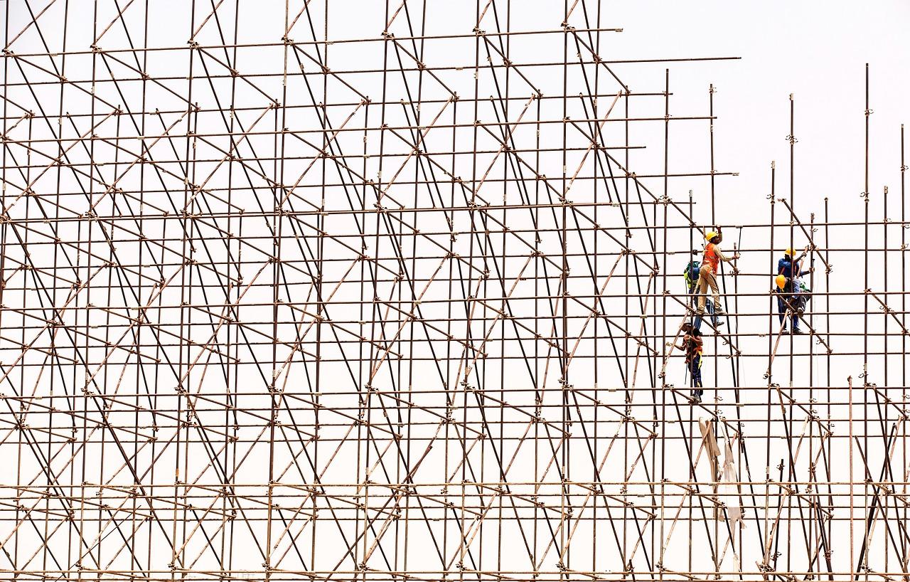 B2B competitive intelligence scaffolding